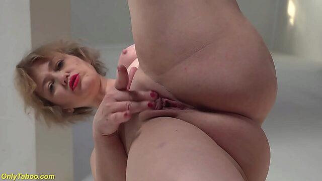 mom masturbation