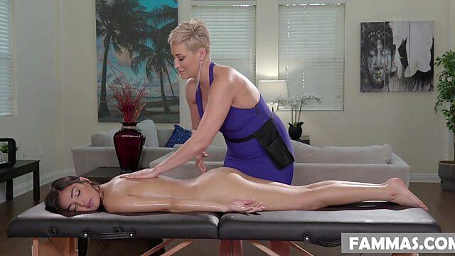 Lesbian massage hd
