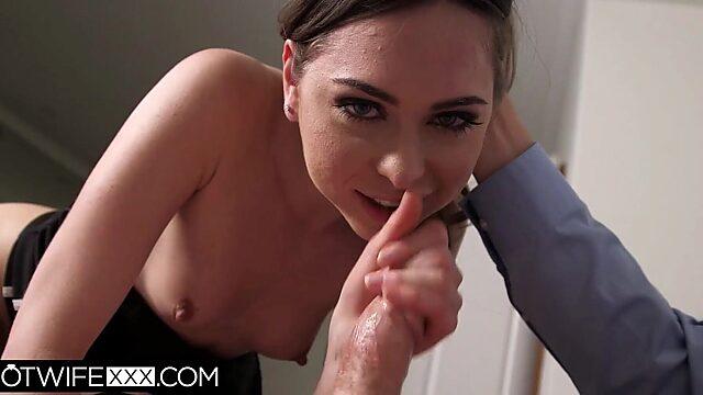 Riley Reid deepthroat