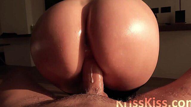 Pussy big