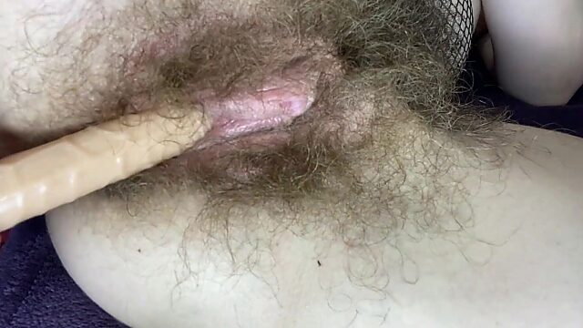 solo hairy close up