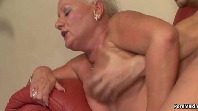 Granny anale