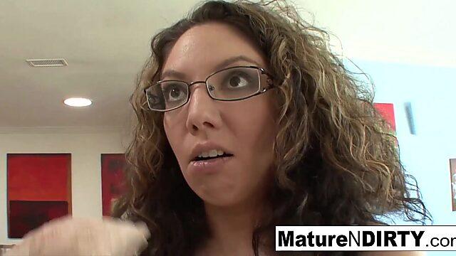 mature seduce