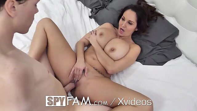 sex step mom ava