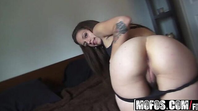 latina milf anal