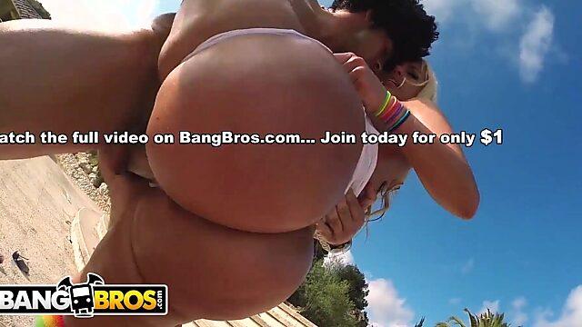 Big Boobs Gifs
