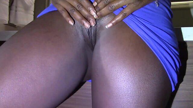 Big booty upskirt