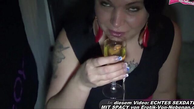 pissing housewife