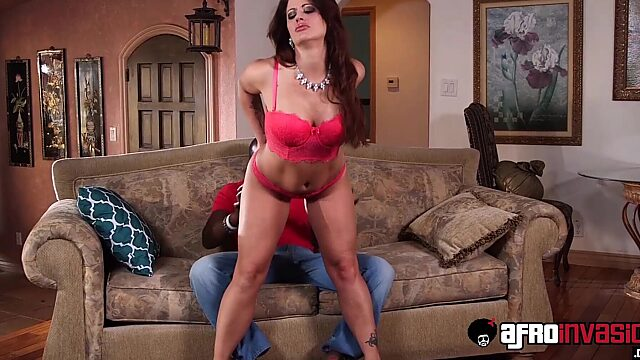 Holly heart anal
