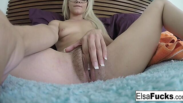 Solo hairy babe