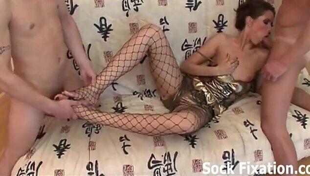 threesome foot fetish