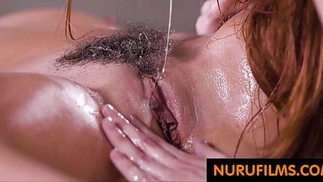 Massage lesbian