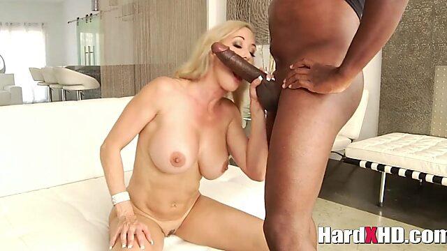 Brandi love handjob