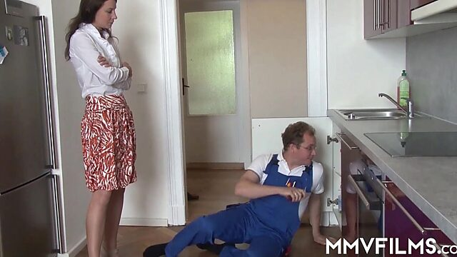 Housewif anal