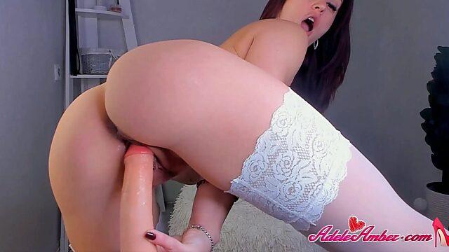 Amateur Solo Masturbation in stockings