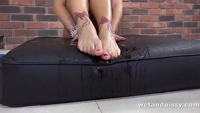 Wet panties solo