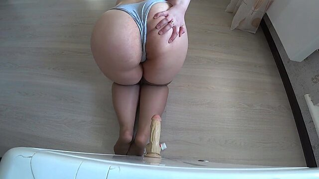 chubby stockings solo